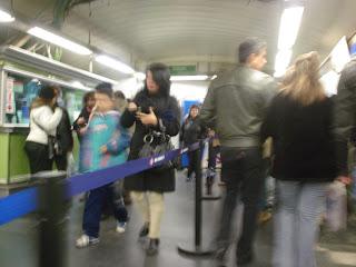 El agobio del Metro en Navidad