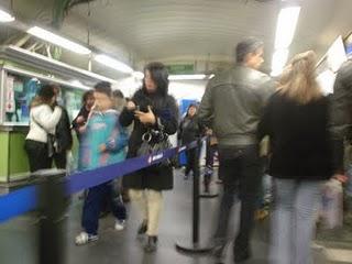 En Navidad en Madrid. Utilza el Transporte público