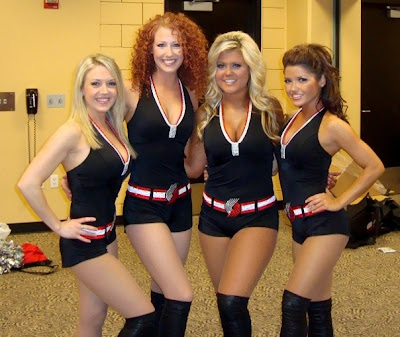 blazer dancers in new