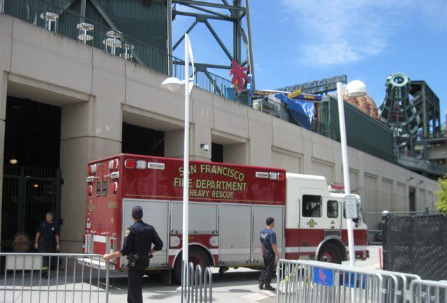 Liz in San Francisco: San Francisco's Emergency Services