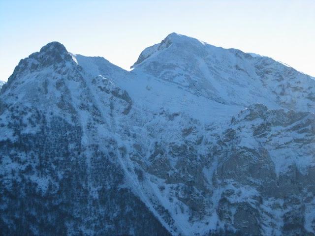 Rutas Montaña Asturias: Desde el Recuencu, el Collau Zorru