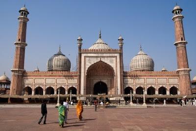 Debat Muslim vs Nasionalis India Soal Pengeras Suara Masjid