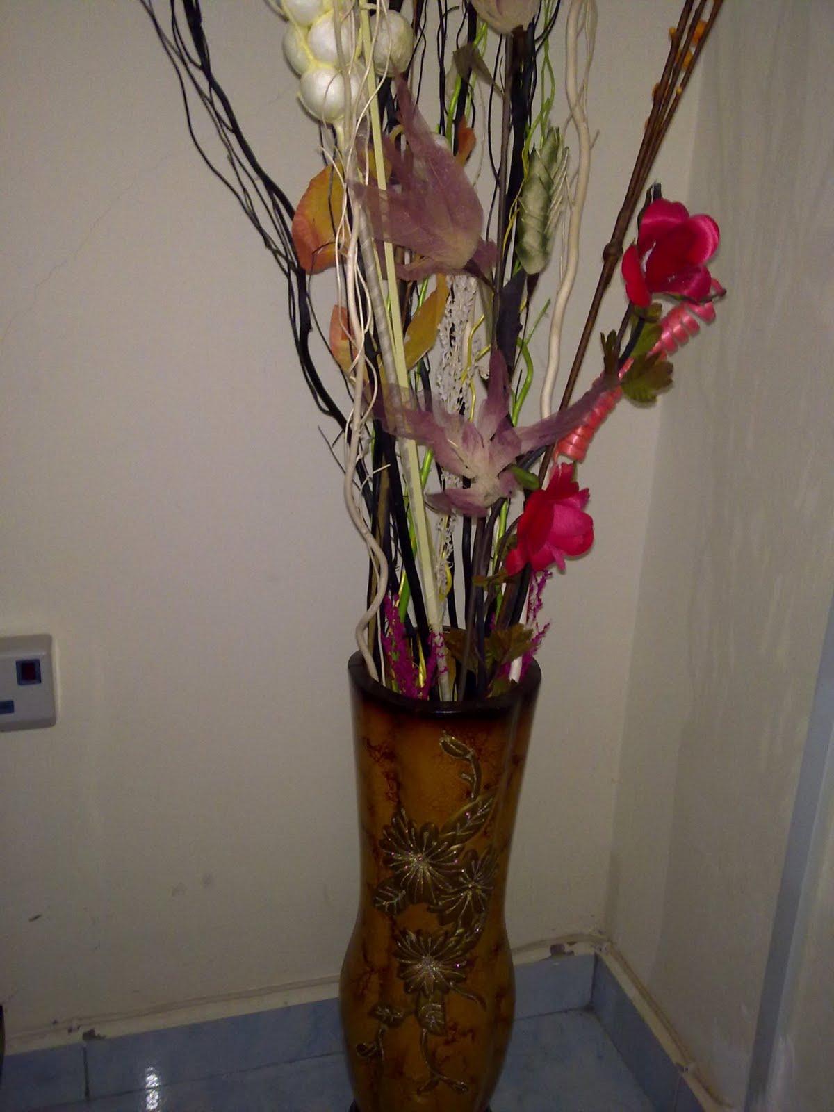 Hiasan Pasu Bunga Di Ruang Tamu Desainrumahid