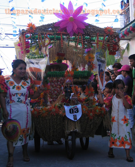 Mother and daughter in Pahiyas Festival
