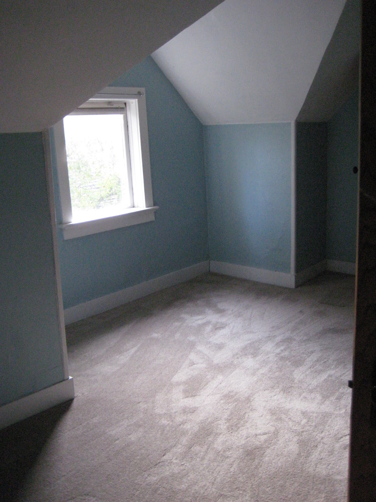 What Color Carpet Goes With Blue Walls Home Decor