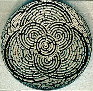Cool Ceramic Circle Tile Art Designs
