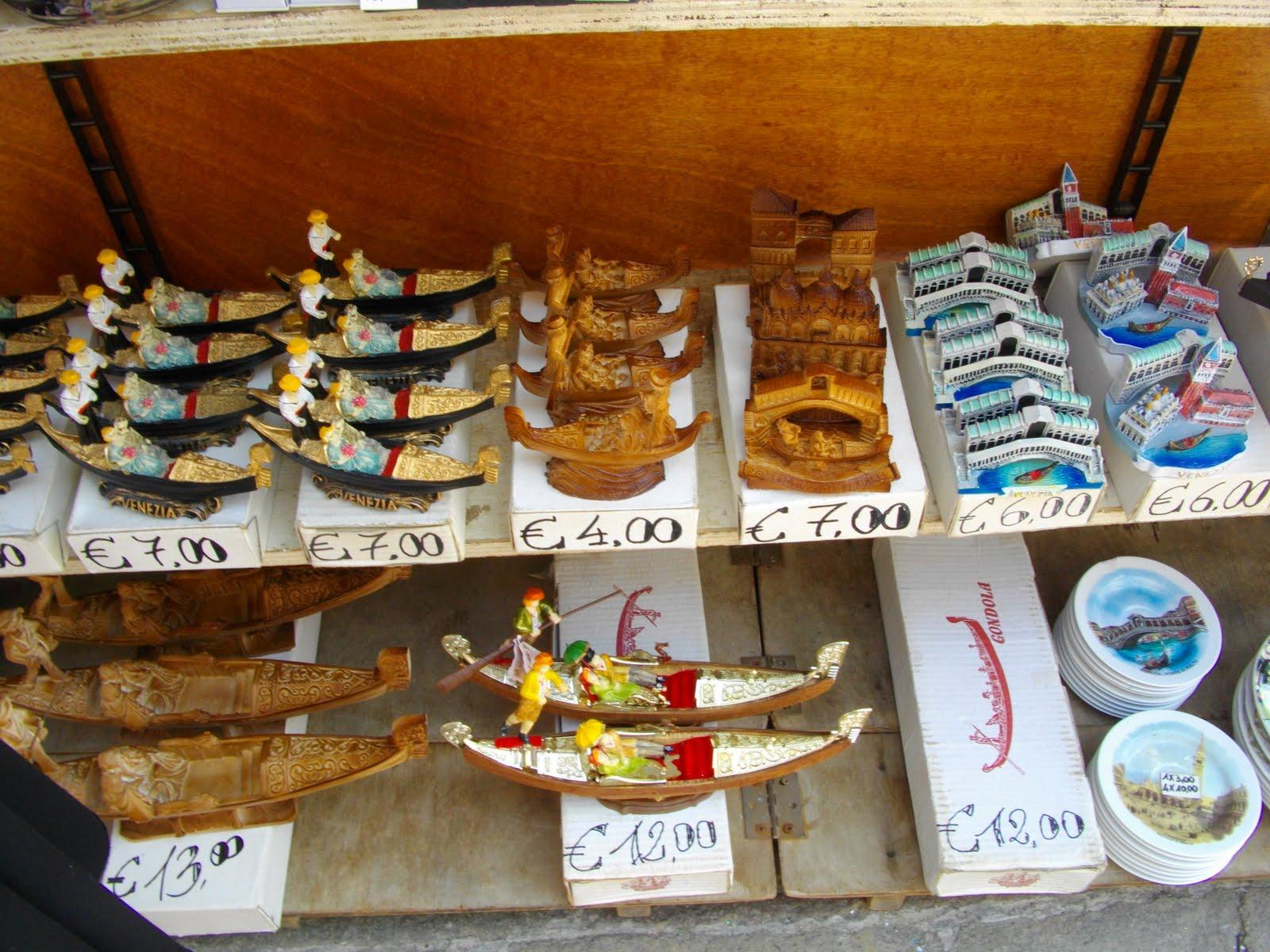Gondolas In Diffe Souvenir Forms