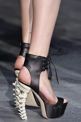 Le Paradis Noir Dsquared2 Shoes Skeleton Much