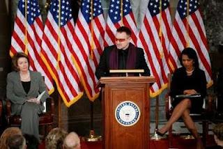 Bono Condoleezza Rice y Nancy Pelosi