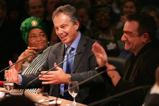 Bono y Tony Blair en Davos: Delivering on the Promise of Africa