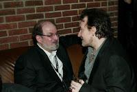 Salman Rushdie y Bono