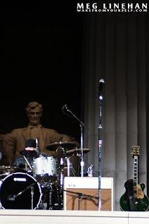 Larry ensayando para el concierto dedicado a Obama