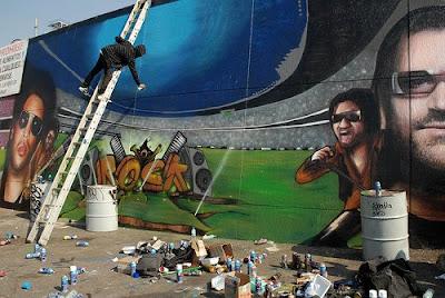Grafiti de Bono en el Estadio Azteca