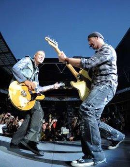 Adam y Edge en Wembley durante U2 360 Tour 2