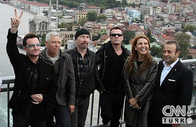 U2 en el Puente del Bosforo 2