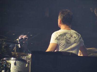 Camisetas Larry Mullen Jr en U2 360 Tour 3