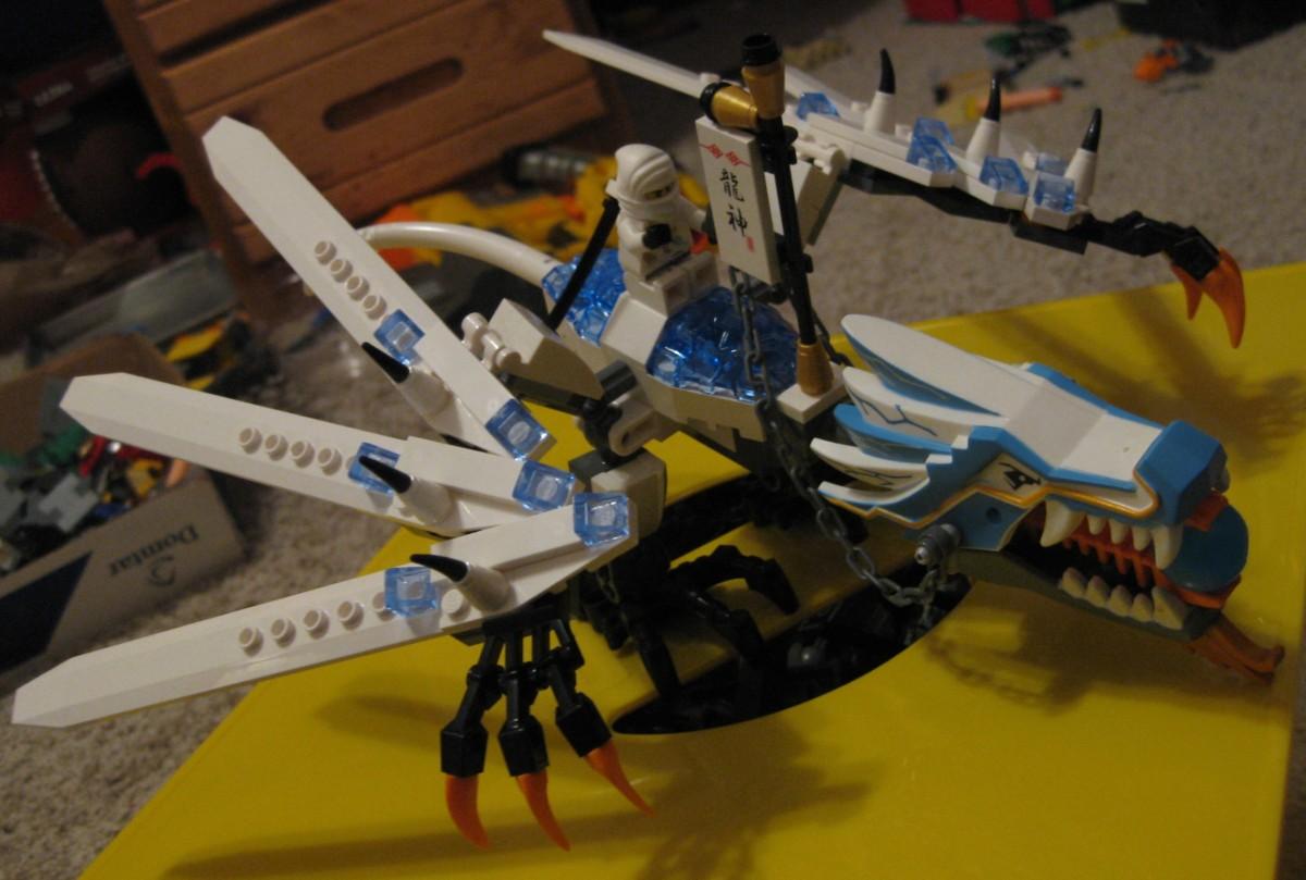 Lego Daily: The Awesome LEGO Ninjago ice Dragon!