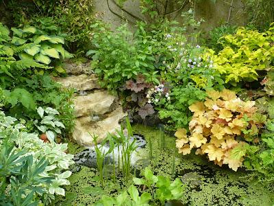 balades dans de beaux jardins le jardin priv d 39 andr eve. Black Bedroom Furniture Sets. Home Design Ideas