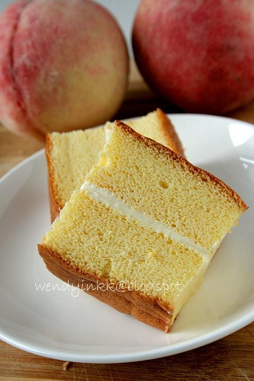 Sponge Cake Peaches