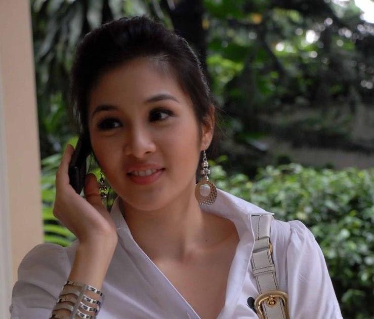 Foto Bugil Skandal Kesha Ratuliu: All Star Models: Foto Bugil Sandra Dewi