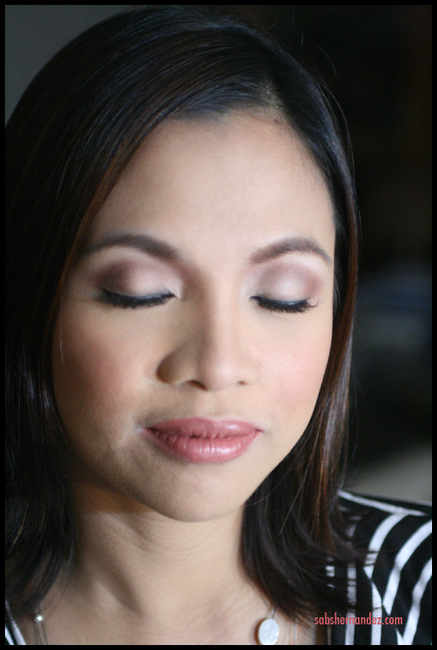 How To Add Contour To Eye Makeup