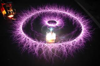 Romania de azi si misterul flacarii violet