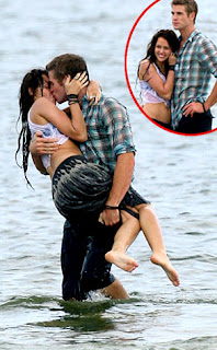 Miley Cyrus' hot and latest news: Who's That Boy She Was Kissing?