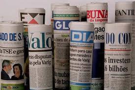 """1ce215ed75 FILOSOMÍDIA  """"Desinformação – Como os meios de comunicação ocultam o ..."""