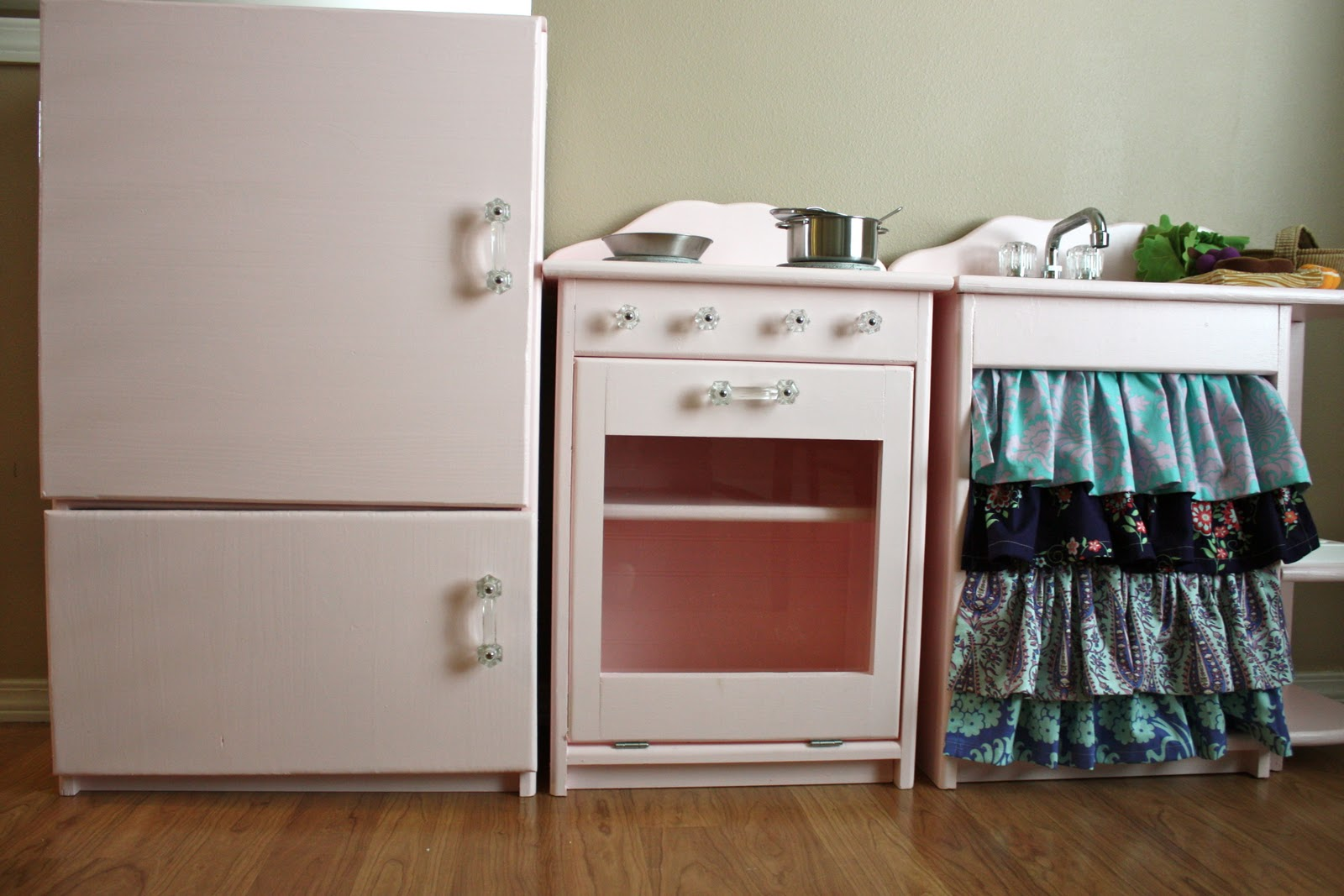 cute pink play kitchen beingbrook. Black Bedroom Furniture Sets. Home Design Ideas