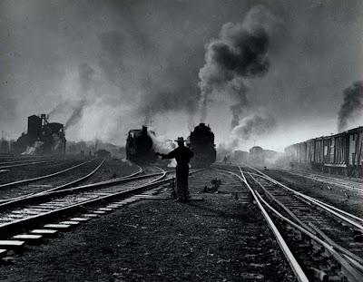 Resultado de imagen de Trenes antiguos nocturnos