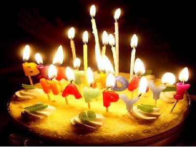 النهاردة عيد ميلاد ابو عمر حبيبي (ahmedana) نقوله كلنا كل سنه وهو طيب