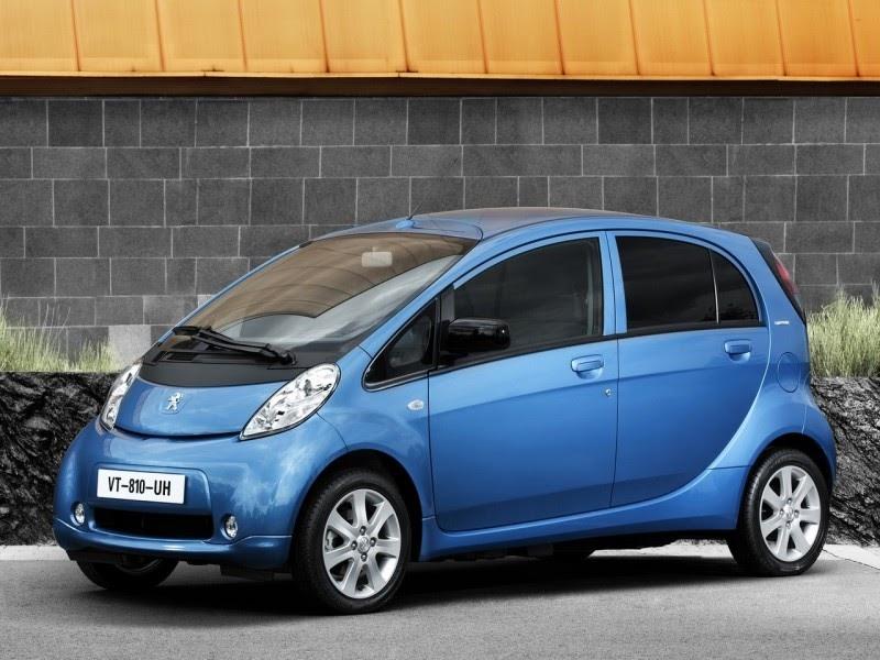 Wallpaper Animasi Mobil Sport: Gambar Wallpaper Mobil Listrik Peugeot IOn 2011