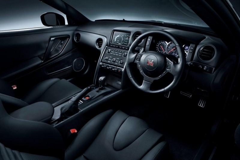 Mobil Nissan: Gambar Mobil Nissan GT-R SpecV 2012