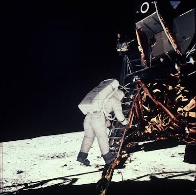 theory apollo 11 lunar landing - photo #42