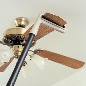 How to dust a ceiling fan theteenline how to clean a ceiling fan www lightneasy net mozeypictures Gallery