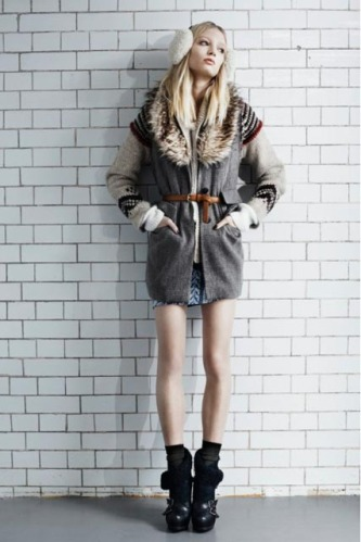 European Street Fashion: Winter Fashion ... : シンプル服にプラスする ...