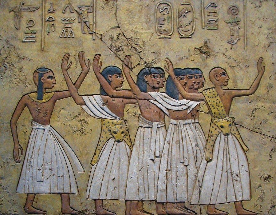 Resultado de imagem para OS SACERDOTES DO ANTIGO EGITO