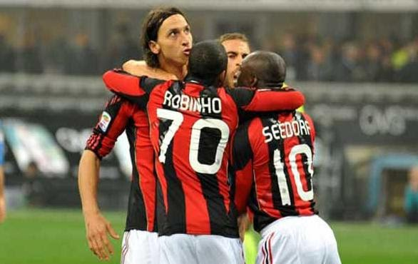 f360489056 oasisblues  Inter Milan-AC Milan 0-1  only one team on the pitch ...