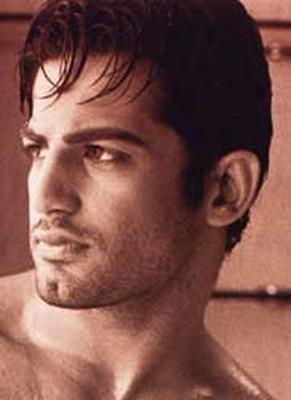 Hot Body Shirtless Indian Bollywood Model & Actor: Upen Patel