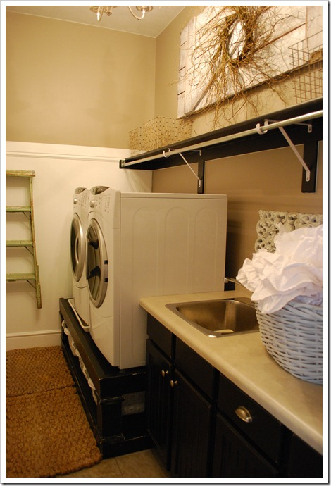 CURLY Q CRAFTS: Amazing Laundry room!! on Amazing Laundry Rooms  id=48293