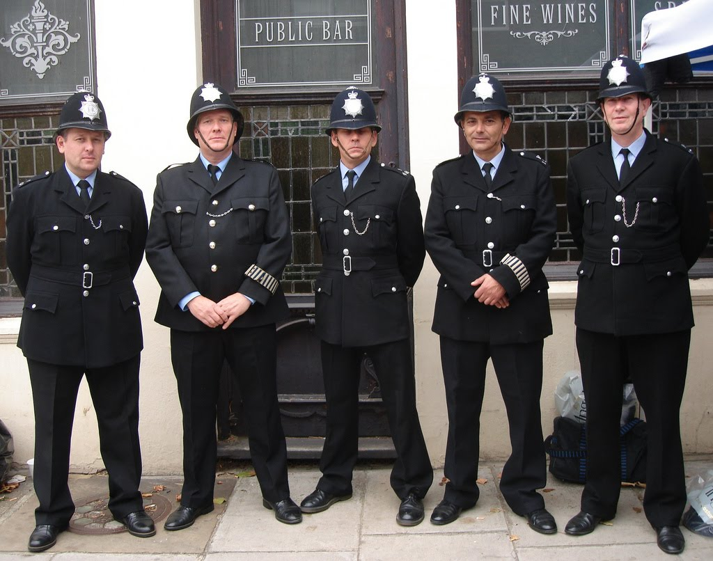 Four Bees: Sussex Police Custodian Helmet