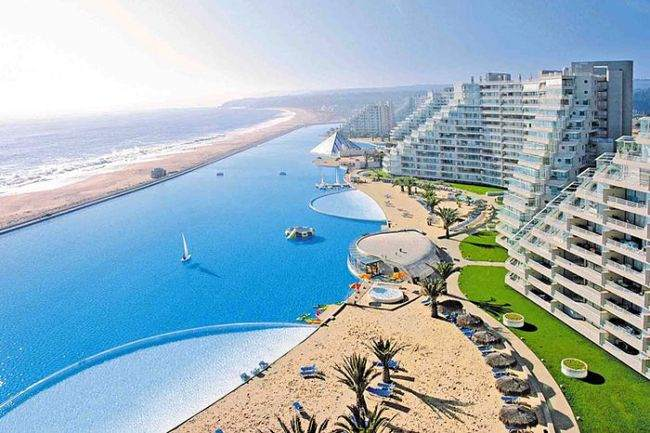 World's largest swimming pool is in Chile