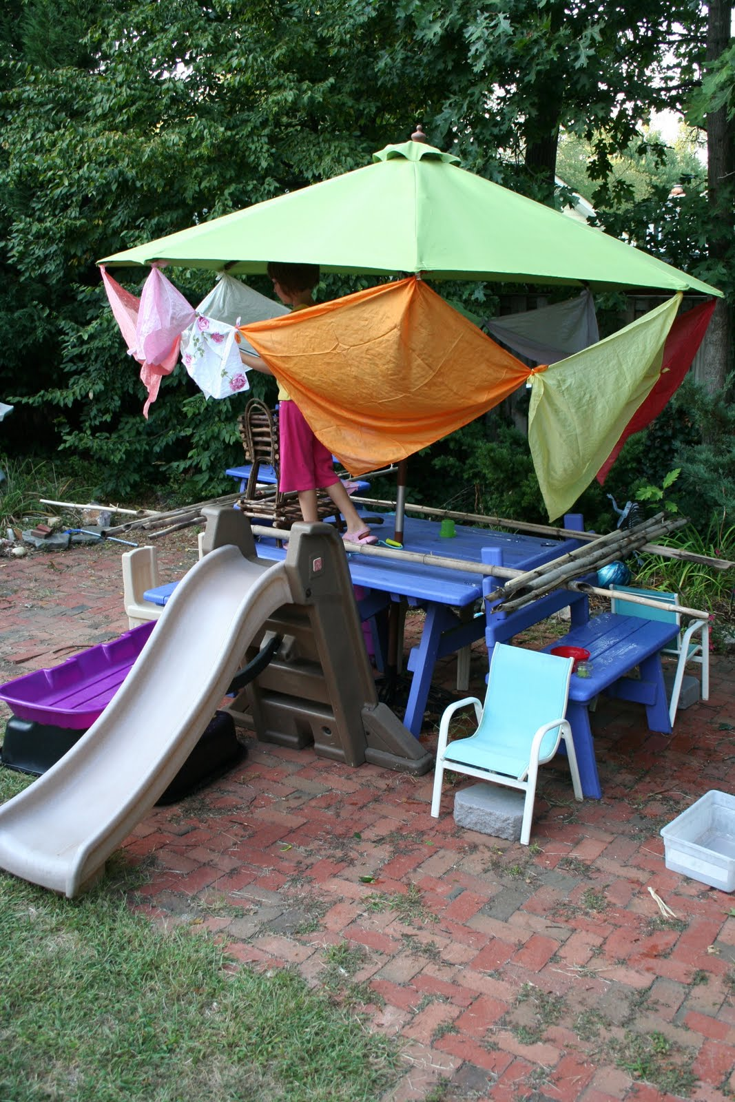 pink and green mama backyard fun forts