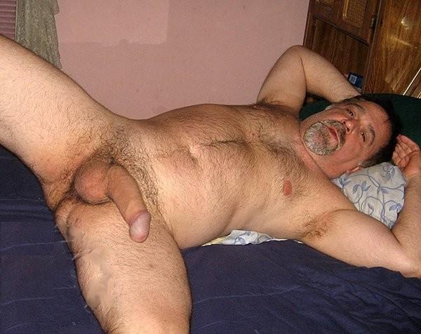Peludos maduros desnudos