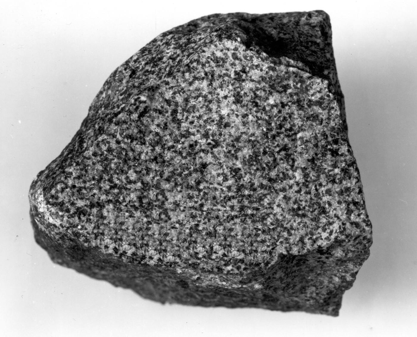 Characteristics of igneous rocks yahoo dating 8