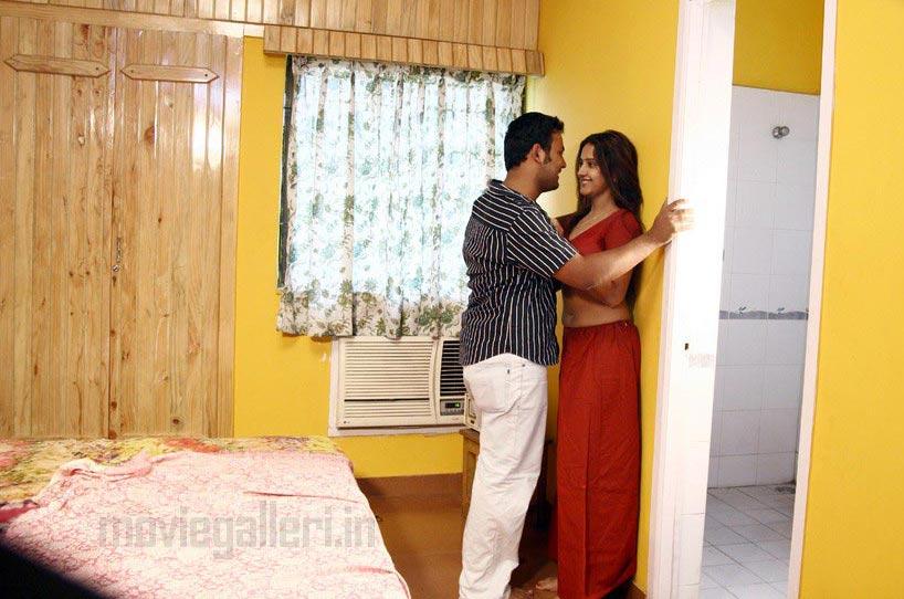 Shanthi tamil movie download