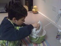 Can a 5 year old make a sponge cake?