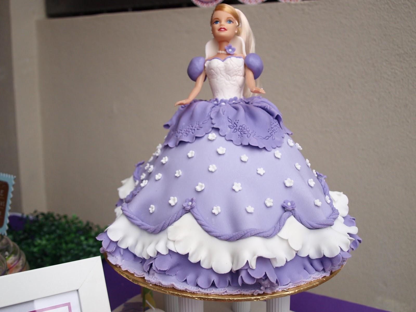 Barbie Doll Cake Decoration Idea 2