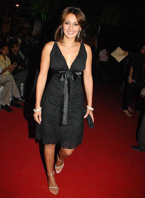 Bollywood Fan Minissha Lamba Without Bra And Without -3598