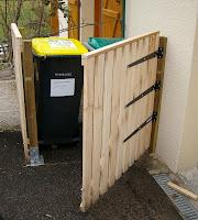 recup 39 de sherwood cache poubelle n 2. Black Bedroom Furniture Sets. Home Design Ideas